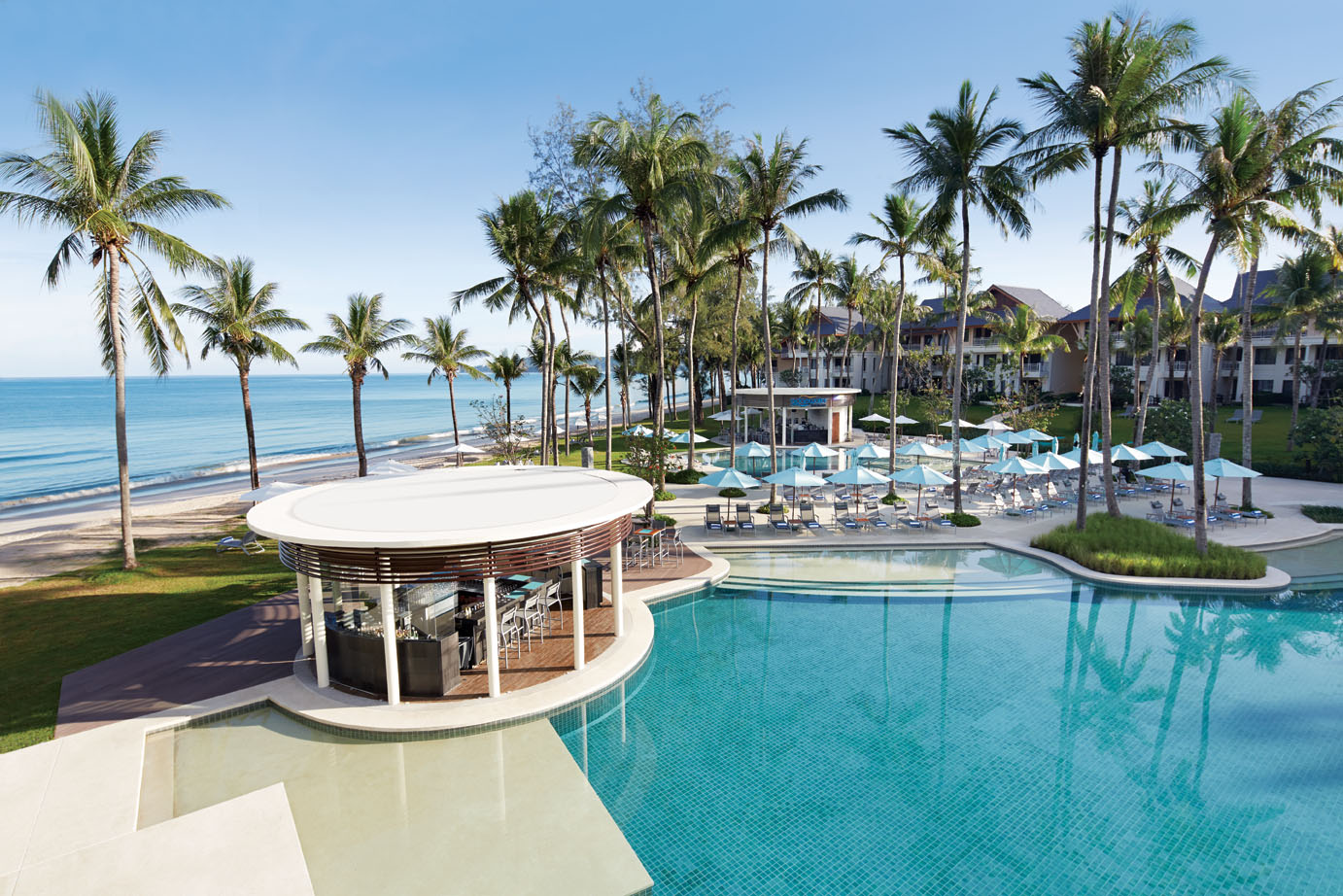 phuket beach hotel Discount hotels near patong beach, phuket save up to 75% off hotels near beaches in phuket rates from usd $7 book online.
